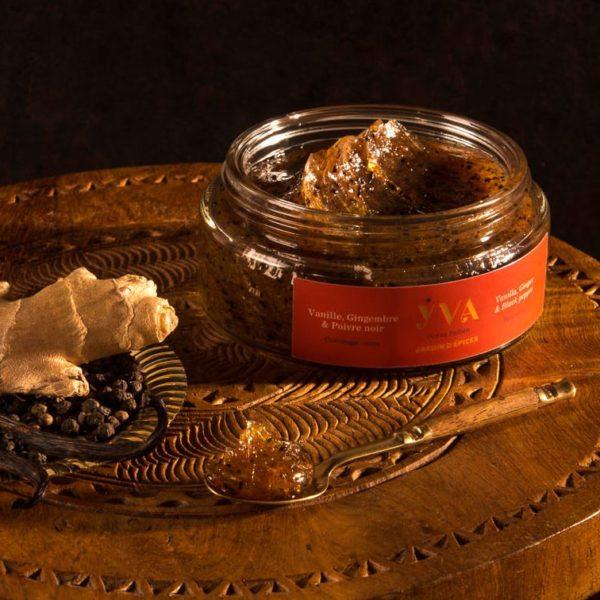gommage corps jardin d'épices vanille gingembre et poivre noir yva océan indien soins aux plantes de l'océan indien