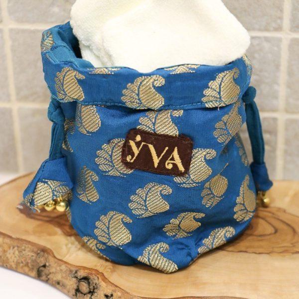 kit démaquillant bleu et cotons YVA